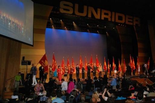 A Sunrider Nagy Konferencia ünnepélyes megnyitója